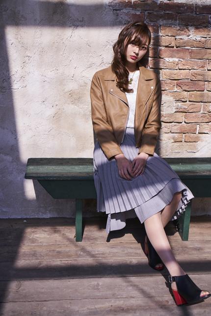 モデルの梅澤美波
